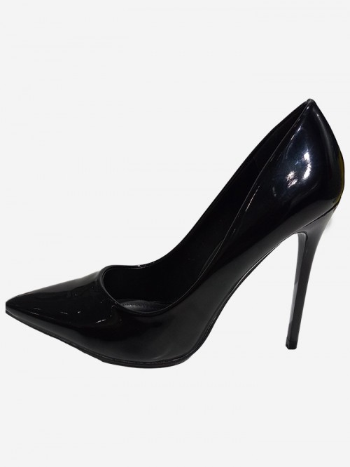 varnish leather look pump